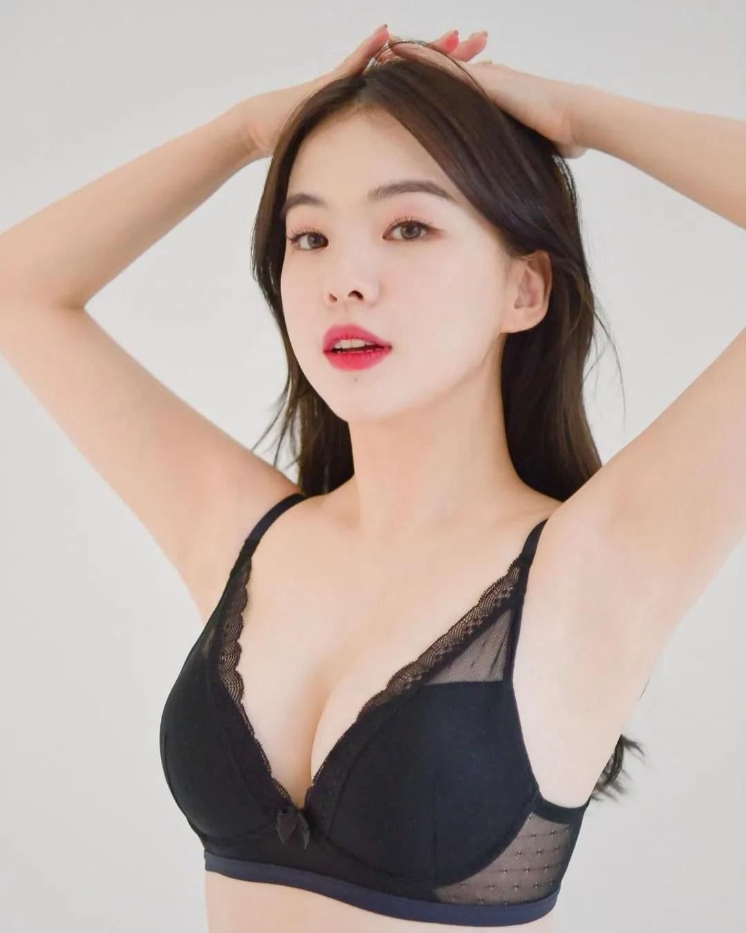 Lee Haneul (Haneulina)