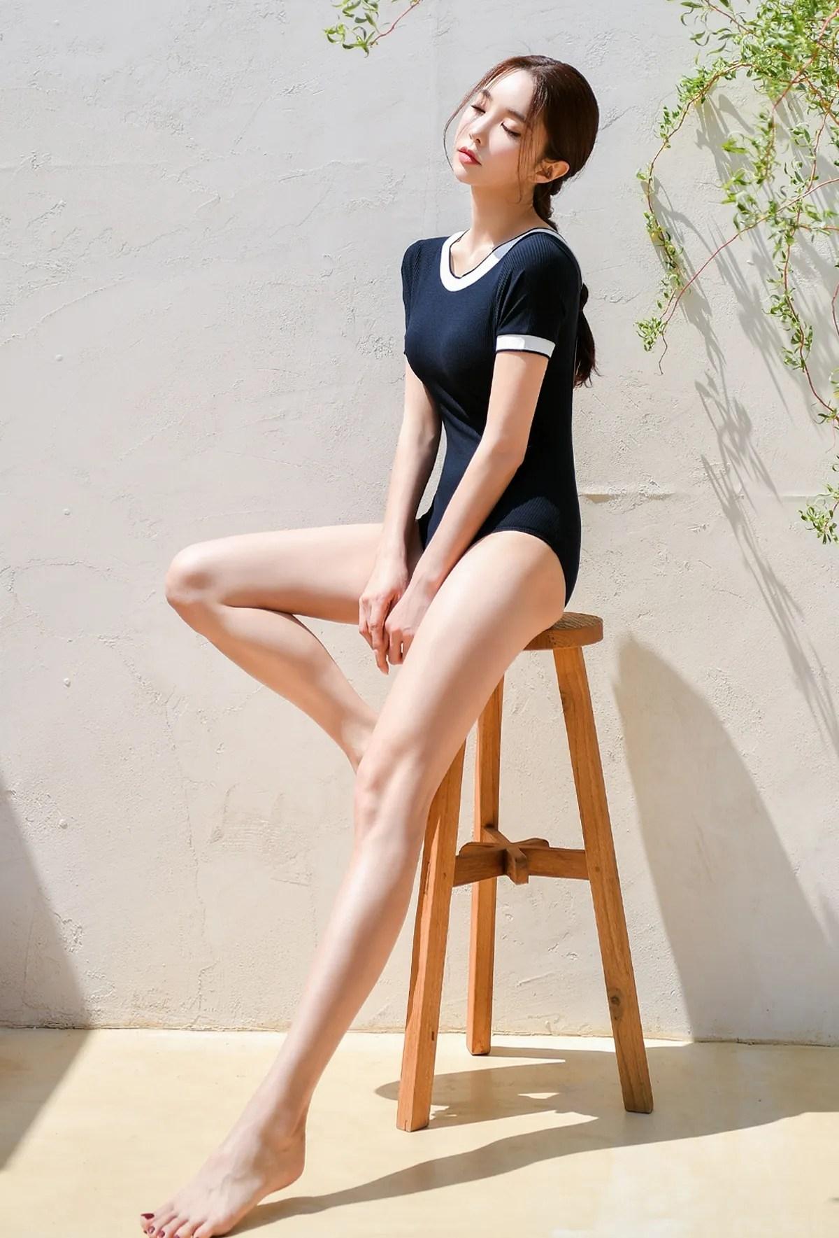 Park Suyeon / vendis / May 2021 / Sundress & Monokini Photoshoot Part 1