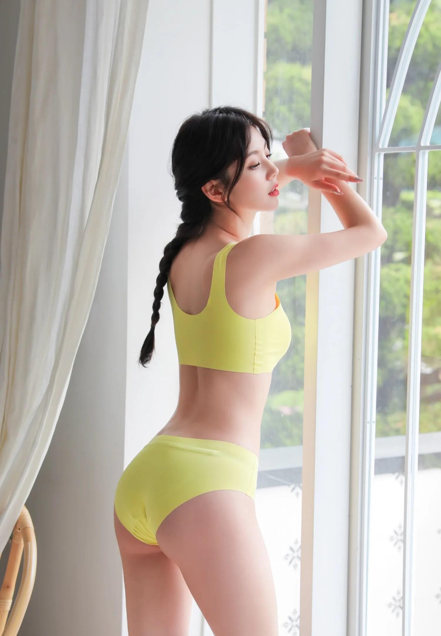 Lee Chaeeun / NUDMALL / June 2021 / Seamless Lingerie