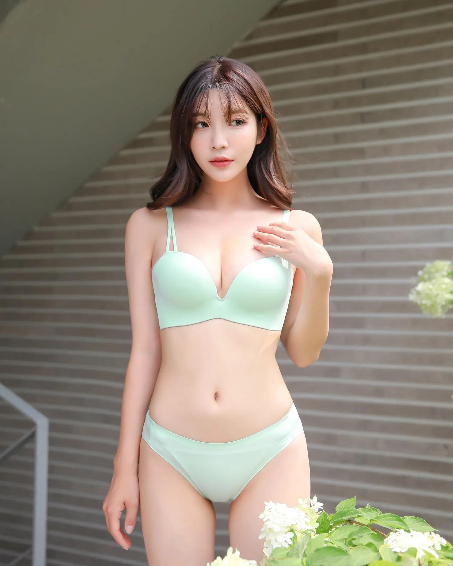 Cha Yoojin / NUDMALL / August 2021 / Basic Padded Lingerie