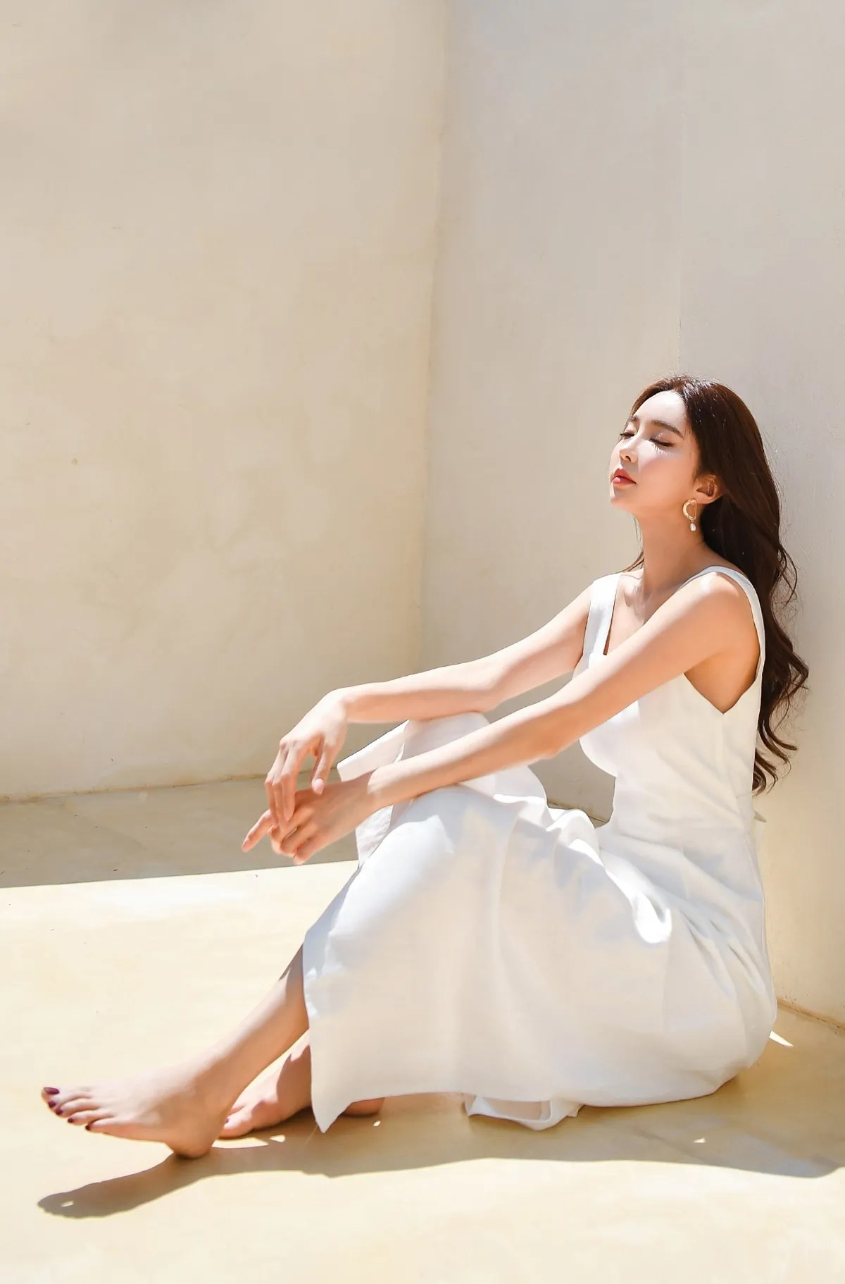 Park Suyeon / vendis / May 2021 / Sundress & Monokini Photoshoot Part 4