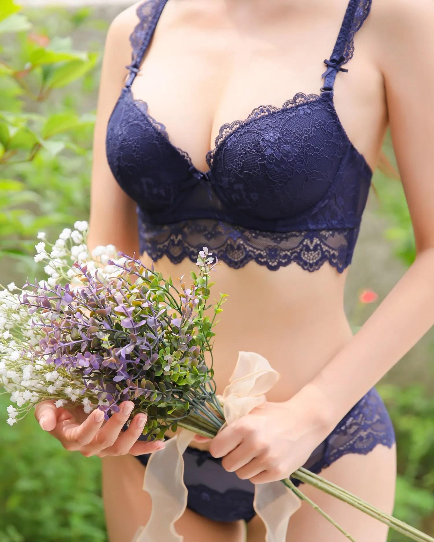 Cha Yoojin / NUDMALL / September 2021 / Love Mulberry Lingerie