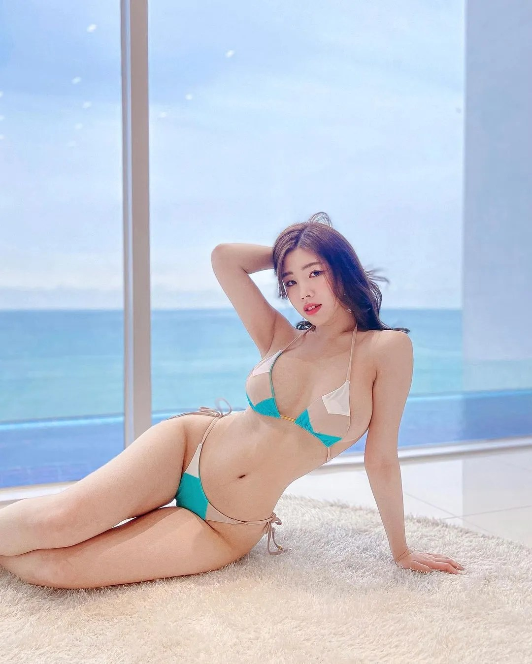 Yebin - Fashion Model