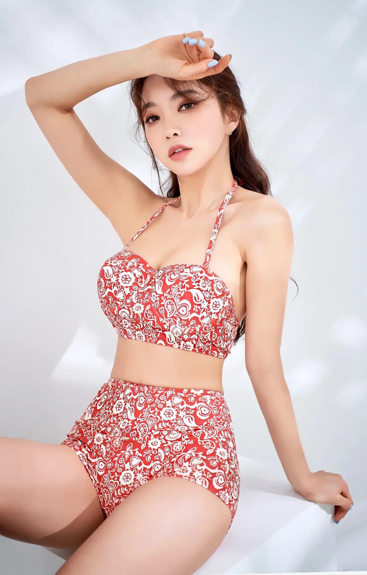 Park Suyeon / vendis / March 2021 / Indoor Beachwear Photoshoot Part 2