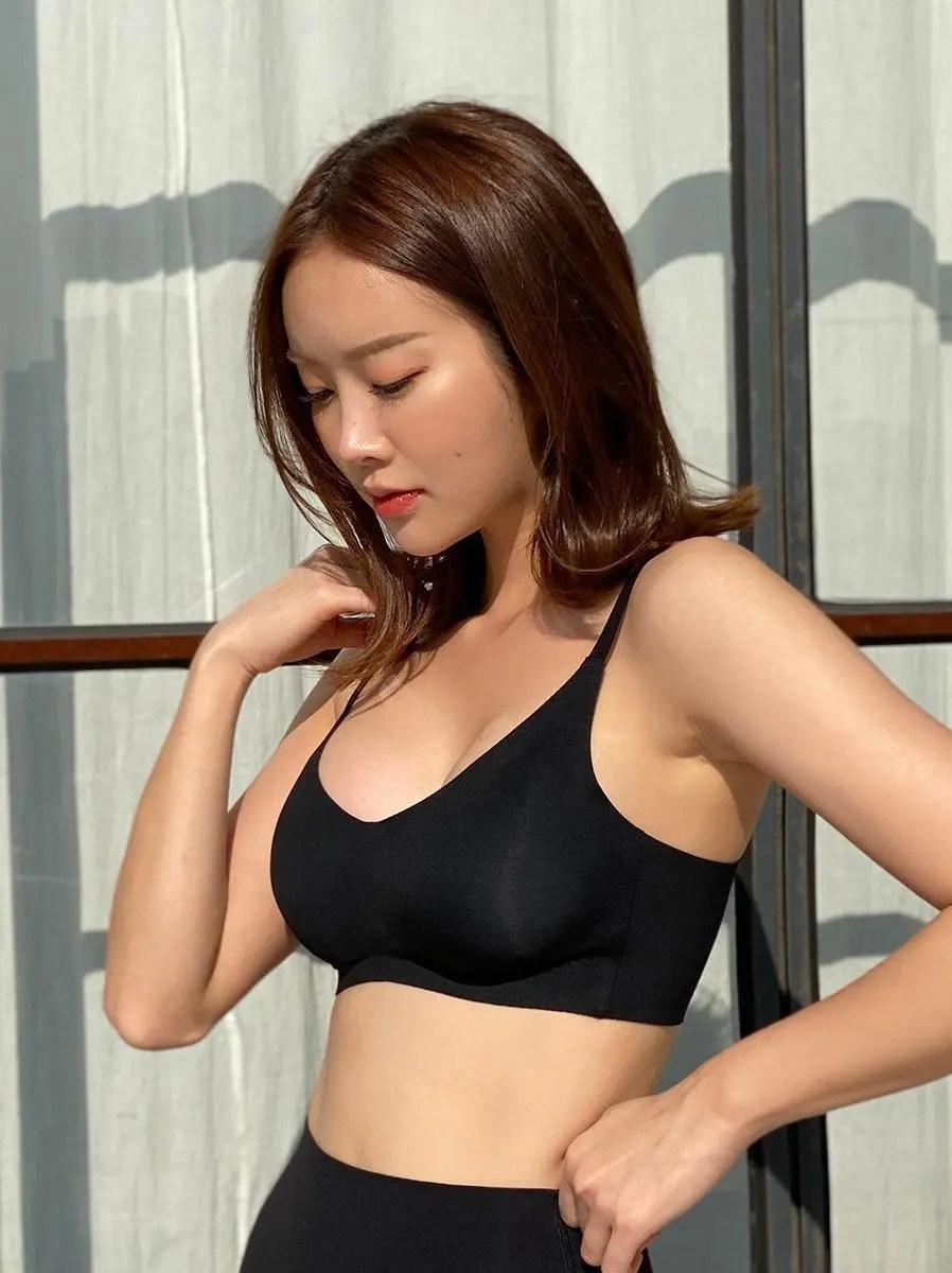 Introducing, Park Ji-soo!