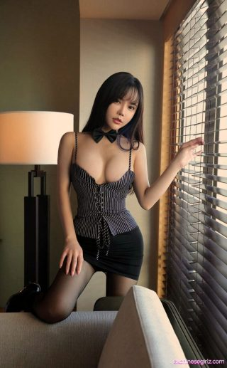 [Ugirls尤果网] No.2166 艾小青 Ai Xiaoqing – Chinese Beauties