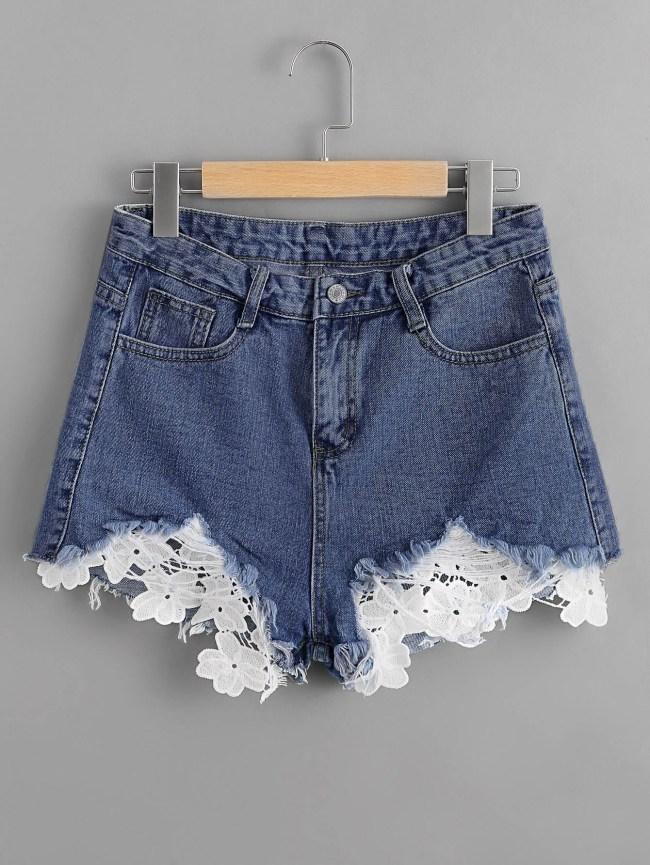 SheIn Frayed Hem Lace Appliques Denim Shorts