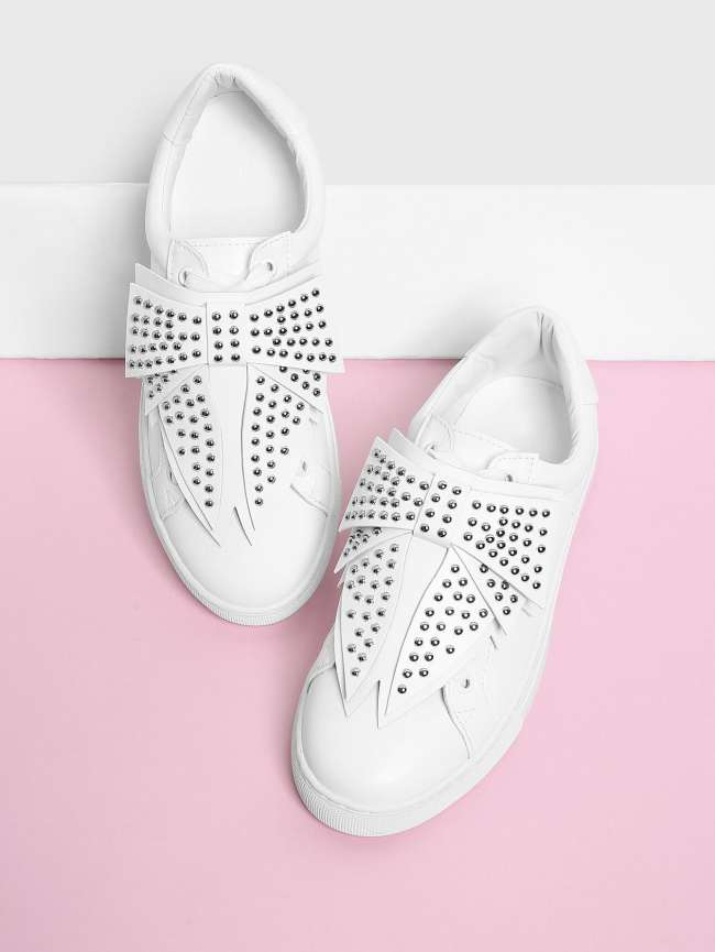 SheIn Studded Bow Design Low Top Sneakers