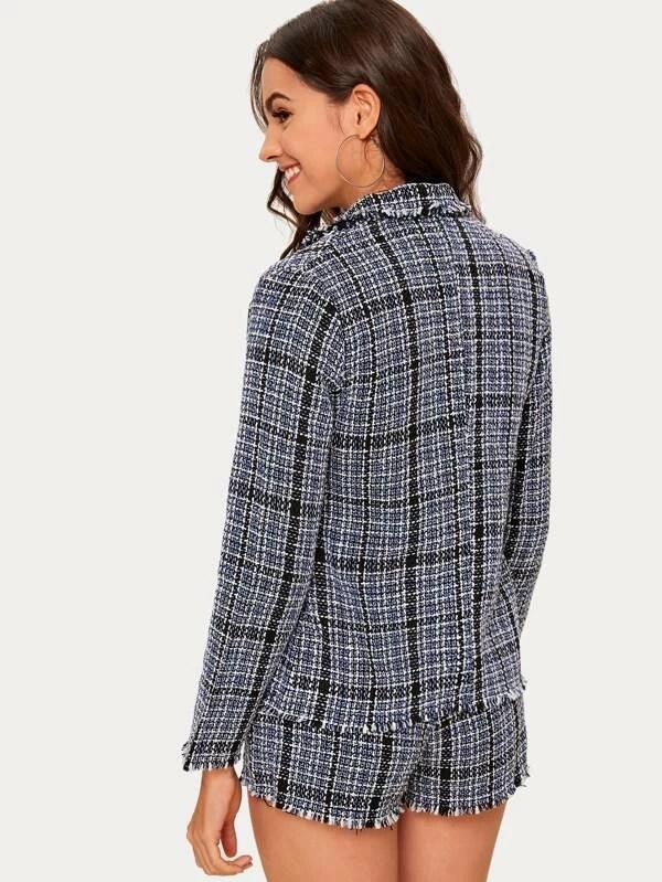 ensemble blazer et short en tweed a carreaux