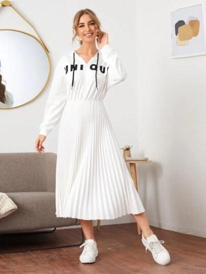 Robe plissée avec imprimé et zip