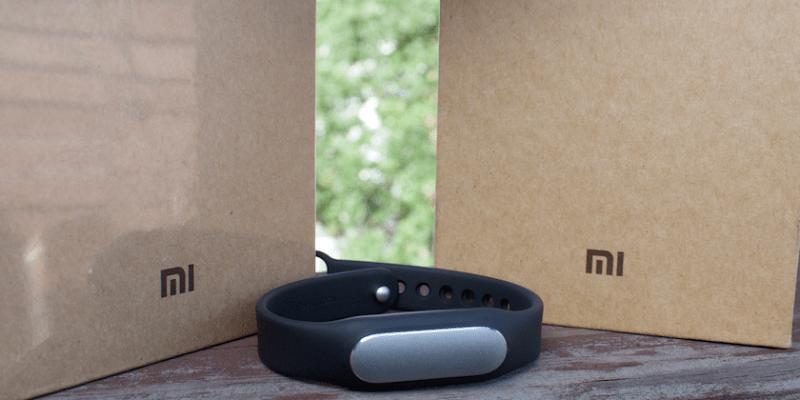 小米手環光感版改款上市,心率偵測讓功能更加強大