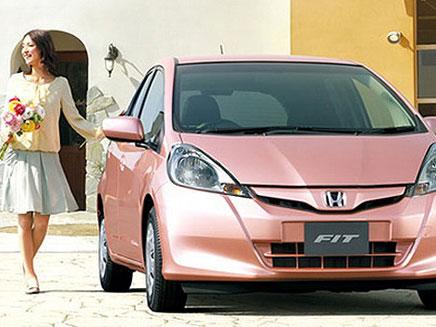 הונדה מציגה: מכונית לנשים בלבד