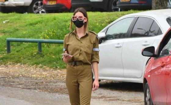 Gal Gvaram returns to the army