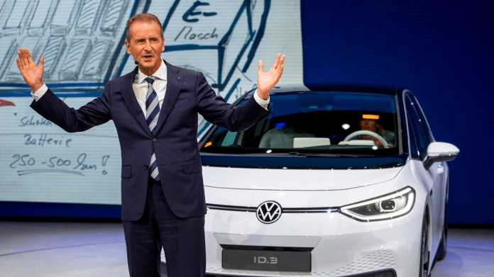 Volkswagen Board Issues Vote of Confidence in CEO Diess | Manufacturing.net