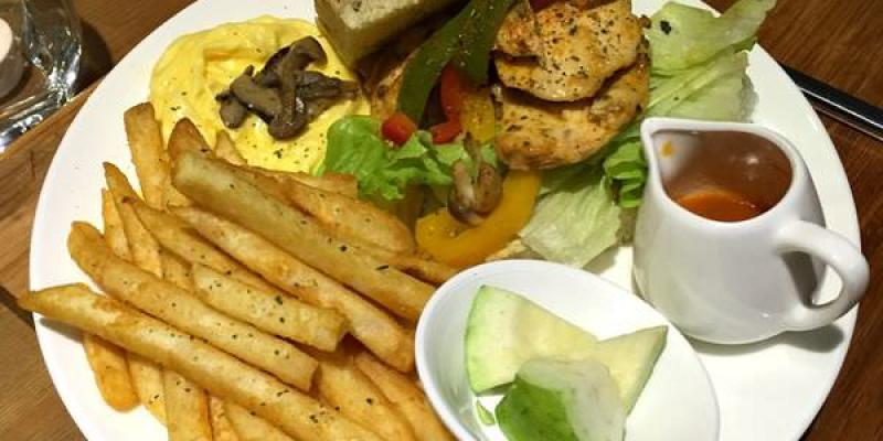 台中西區美食|禾間糧倉@博館店- 一整天都吃得到的XL 號豪華早午餐