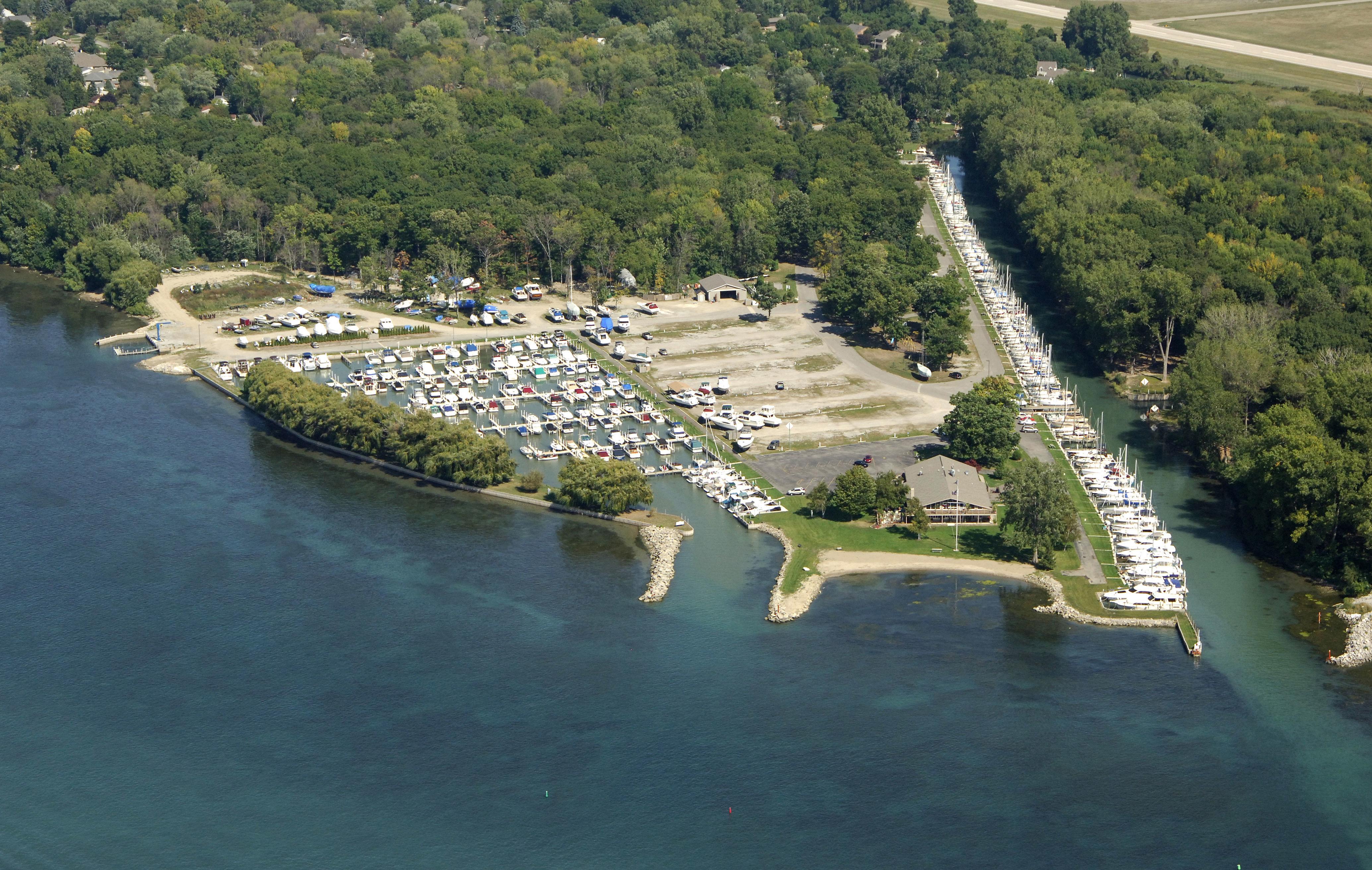 Ford Yacht Club In Grosses Ile MI United States Marina
