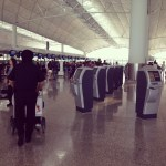 mesin self check-in Cathay Pacific HKIA