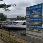 papan jadwal keberangkatn di Treptow Hafen