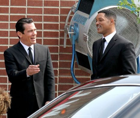Josh Brolin and Will Smith share a laugh on the set of Men in Black 3 (Xposure)