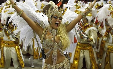 Pictures: Rio Carnival kicks off
