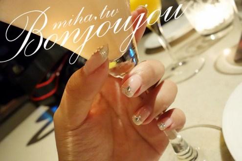 西門町bonjoujou:簡單百搭氣質款銀色亮鑽法式凝膠指甲