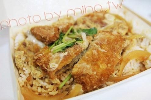 台北》私房美食:忠孝復興站附近的超好吃豬排飯