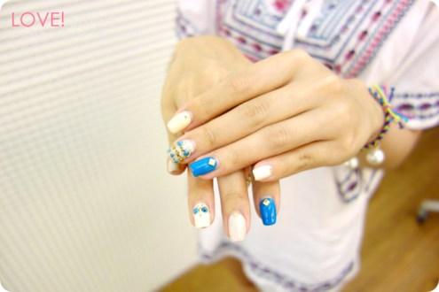 東區晶漾美甲五月凝膠指甲分享:藍白跳色的土耳其寶石民俗風小短文