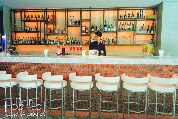 台中約會餐廳,台中酒吧,台中泳池趴,台中一日遊,beluga