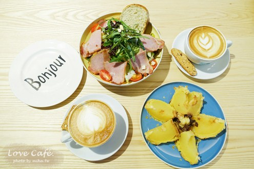 台北》信義安和咖啡廳10Square:可辦活動空間舒服甜點有一整顆蘋果派 超推
