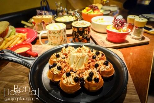 台北》東區超友善咖啡廳 StayReal Café by Gabee 有插座網路不限時