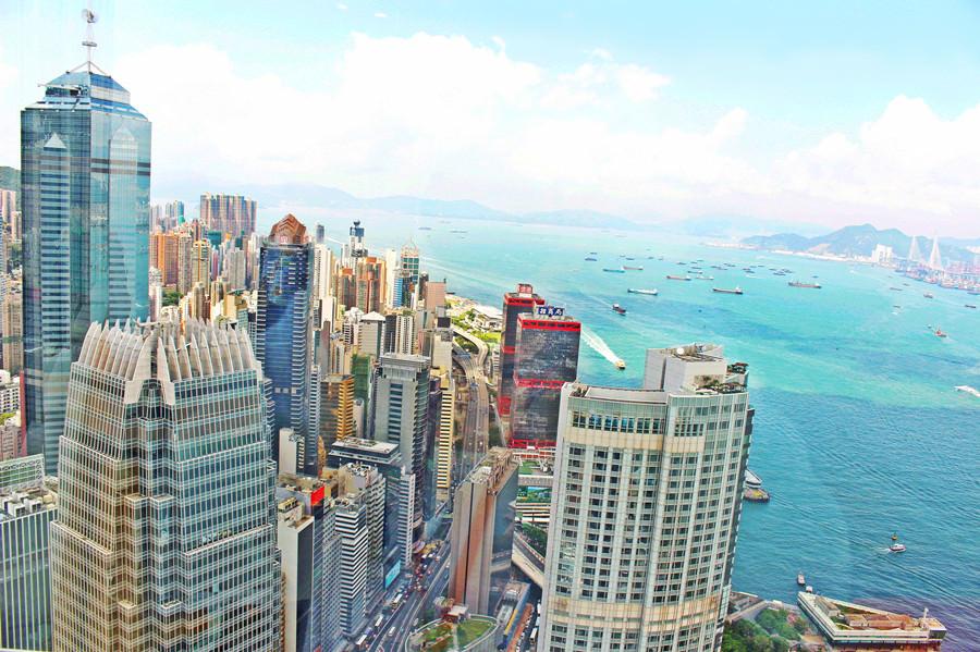 香港中環景點 | 香港金融管理局 超美無敵海景就在這裡看啦 完全免費參觀 還有導覽服務 港鐵香港站最佳賞景地點