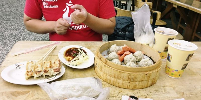 台中西屯美食 大業永和豆漿 中西式早點 寧夏路凌晨宵夜早餐 內用外帶都方便 歡迎團體訂購