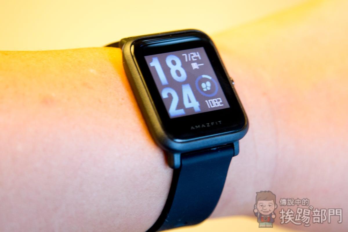 AMAZFIT米動手錶青春版能顯示LINE繁體中文訊息嗎?值得入手嗎? - 傳說中的挨踢部門