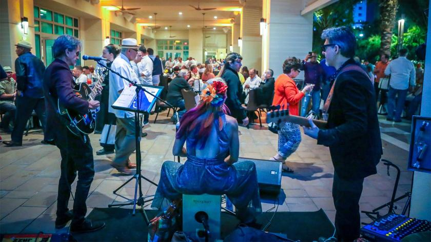 A live band entertained the crowd and kept the vibe upbeat and jovial.