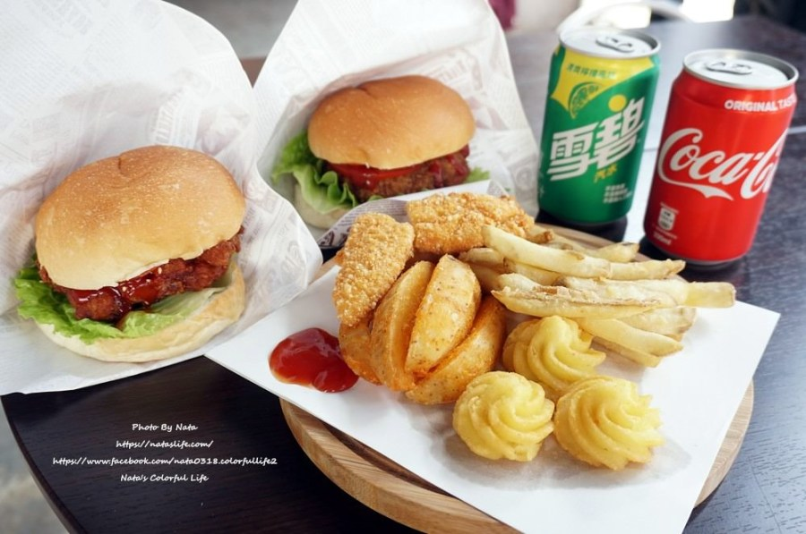 【美食♔台南東區美式漢堡】Shuang Mu 双木漢堡。極力推薦日式炸牛漢堡一天限量賣完就沒,奶油薯花花不點不行