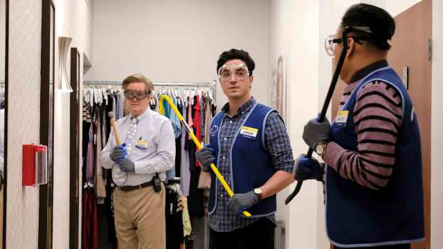 "190328 3930419 Minor Crimes - Superstore (S04E14) ""Minor Crimes"""