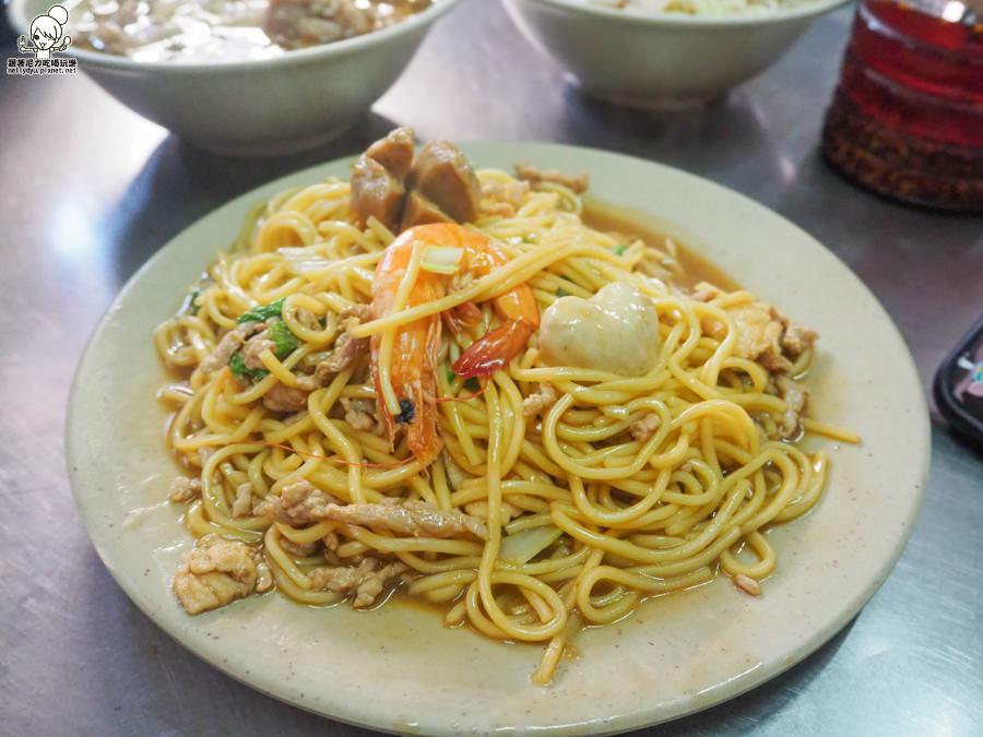 旗津必吃在地人熱愛的市場美食  三郎麵館 x 大份量新鮮滿足