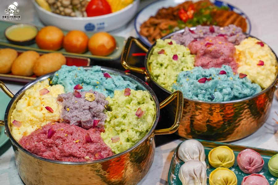 視覺與味蕾結合之夢幻漂浮舒芙蕾鍋物,多彩繽紛、吸收飽滿湯頭精華香氣|春囍打邊爐