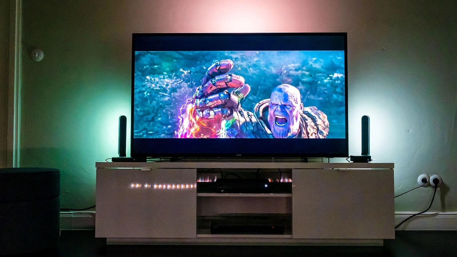 Philips Hue Play Hdmi Sync Box Im Kurztest Ambilight Fur Alle Fernseher Netzwelt