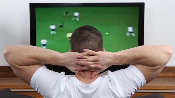 Endlich alle Details in Filmen und bei Fußballspielen sehen? Mit diesen Angeboten gelangt ihr günstig an einen neuen Fernseher.