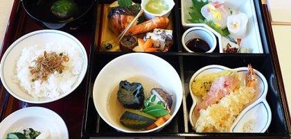 【京都美食】京都格蘭王子大飯店 寶池日本料理豪華日式定食