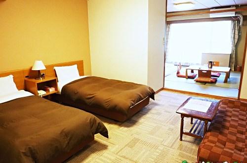日本、岩手|八幡平朝陽飯店 提供酒精飲料無限暢飲的溫泉飯店