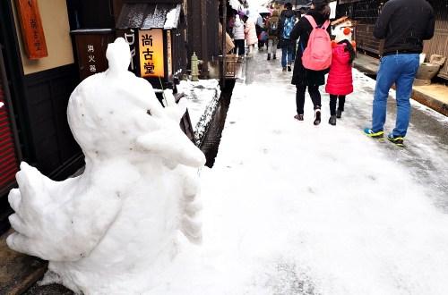 岐阜、高山|冬季的高山老街.在大雪紛飛的街上尋覓熟悉的和牛香氣
