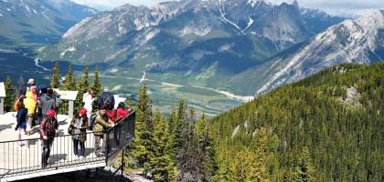 加拿大|硫磺山、班夫纜車.登上山頭一覽班夫小鎮之美