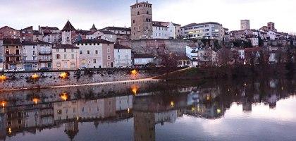 卡奧爾Cahors:一腳踏入中古世紀的唯美小鎮