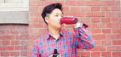 JIA竹炭陶醒水芯隨身瓶:倒立新時尚!擁有淨水效果的保溫瓶讓你愛上喝水