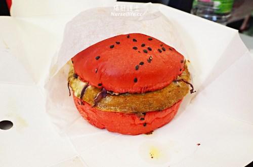 AirAsia 看起來詭異的紅漢堡(RED) 背後卻有個感人的故事