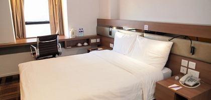 【香港住宿】2012年開幕彩鴻酒店,佐敦地鐵5分鐘,平價首選。