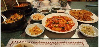 【台北中山】來去親戚家吃韓國料理,滿滿。