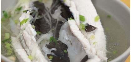 【花蓮】新站虱目魚專賣店,上火車前先來碗魚湯吧!